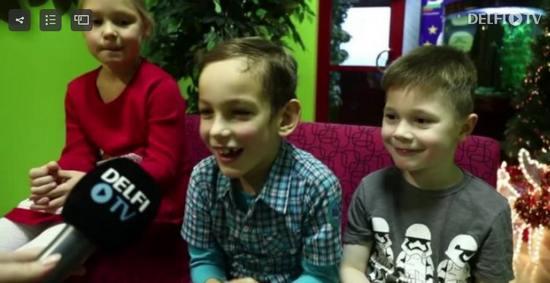 """Здоровья, денег и """"вечно быть президентом"""": чего дети из Ласнамяэ пожелали Керсти Кальюлайд"""